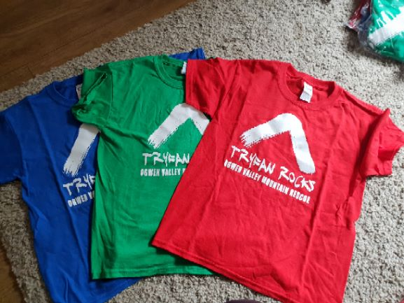 Youth Tryfan Rocks T-s